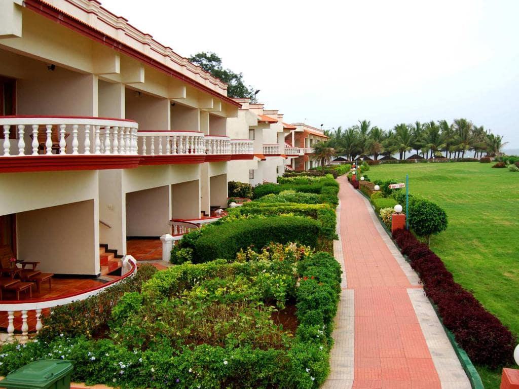 5 Star Hotels In Chennai - Ideal Beach Resort